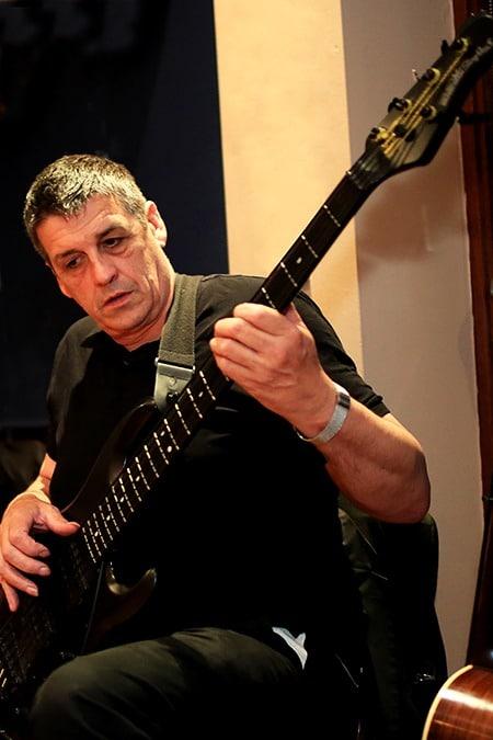 450 Deco Bass